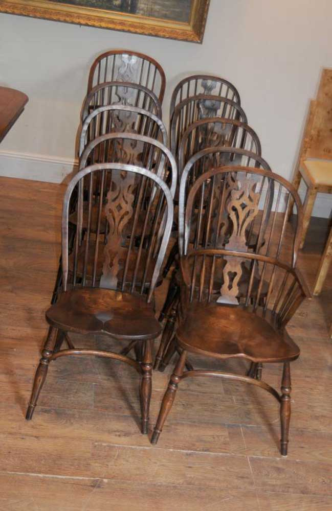 8 Antique Windsor Kitchen Dining Chairs Set