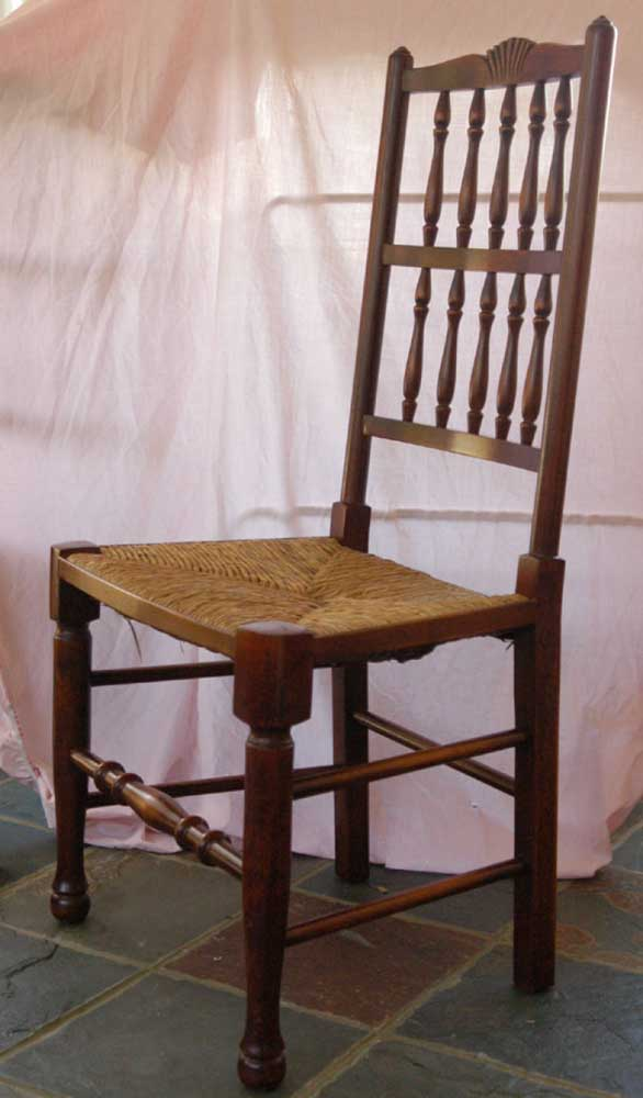 Set 8 French Rustic Spindleback Chairs in Oak
